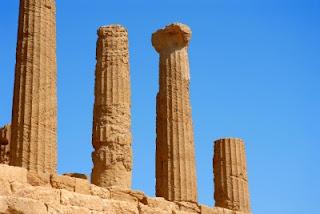 Columns 5 Pillars of Social Media